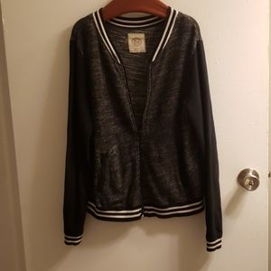 Cotton, zipper sports jacket.